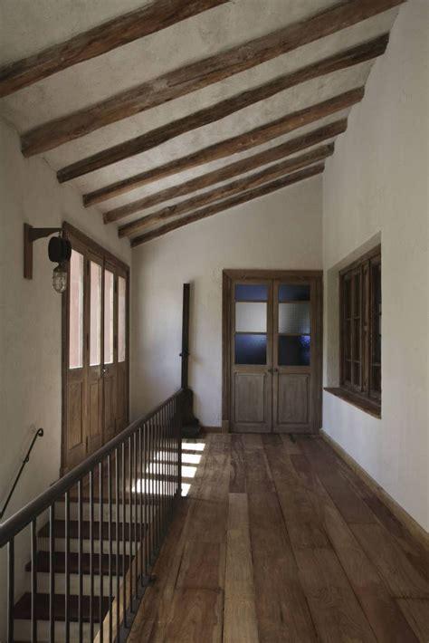 decoracion de pasillos de escaleras im 225 genes de decoraci 243 n y dise 241 o de interiores chalets