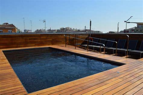 piscina in terrazza hotel con piscina e terrazza nell eixle