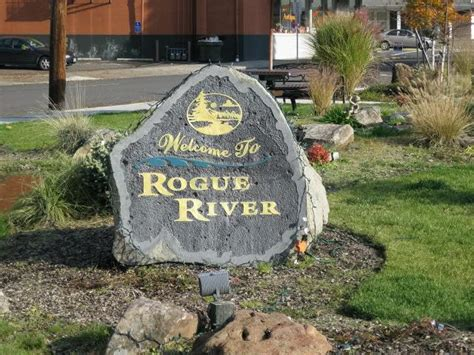 homes for sale rogue river oregon
