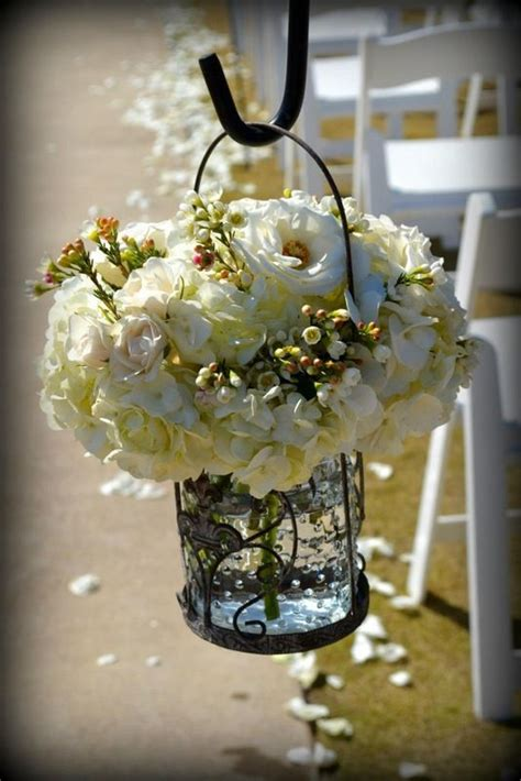 Rent Vases For Wedding Centerpiece by 1000 Ideas About Vases For Centerpieces On