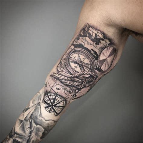Tatuagem De Bussola No Bra 231 O Homem Feito Tatto Bussola
