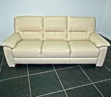 Bargain Settees Bargain Sofas Settees Amp Recliners For Your Home