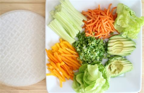 How To Make Vegetarian Rice Paper Rolls - veggie rice paper rolls