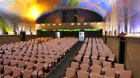 cape cinema in dennis ma cinema treasures cape cinema 16 photos 22 reviews cinema 35 hope ln