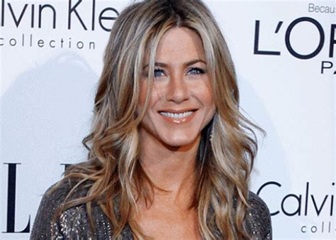 the base color of jennifer anistons hair color jenifer aniston hair color short hairstyle 2013