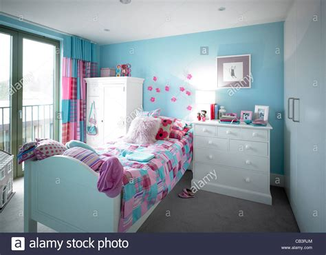 blue and pink girls bedroom pink and blue bedroom furniture design ideas