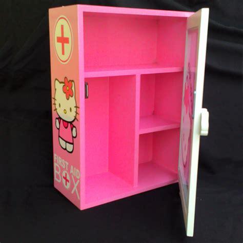 Paket Hemat Kotak P3k Dan Obat Medis Lengkap jual kotak obat hello simple furniture