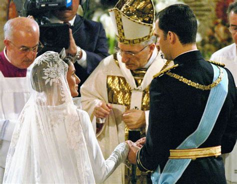 letizia and king felipe vi in pictures a look at the royal story and marriage