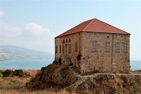 file traditional lebanese house at byblos jpg wikimedia