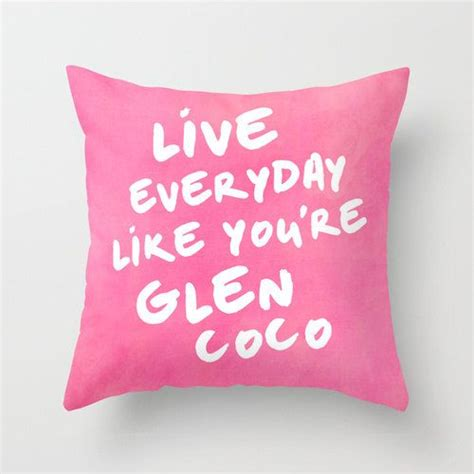 Pillow Top Meaning by 25 Best Ideas About Glen Coco On Glen Meaning