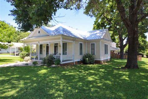 702 west home sale fredericksburg tx mls listings