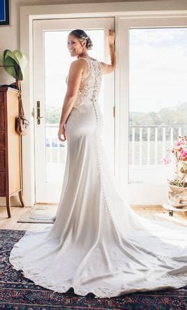 Stella York 6404, $750 Size: 12   Used Wedding Dresses