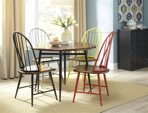 casual dining room chairs casual dining room design tips