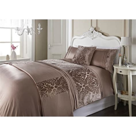h and m bedding dallas damask velvet bed in a bag king size bedding b m