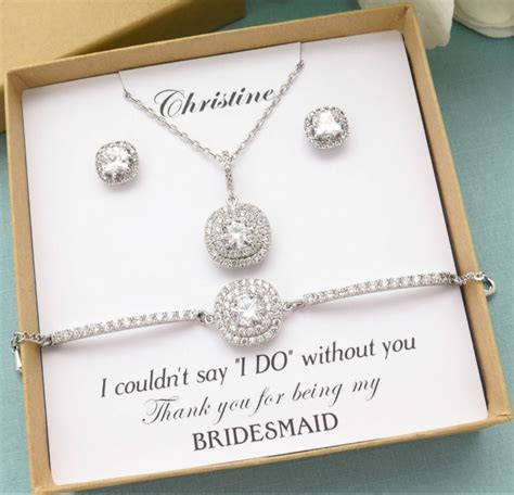 30 Destination Wedding Bridesmaid Gifts your Tribe will