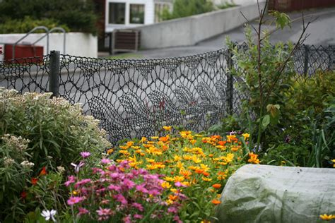 the knitting garden eunson lace so she knit herself a garden fence