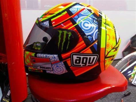 Helm Untuk Cowok helm agv gp tech edition keren pol mzbro