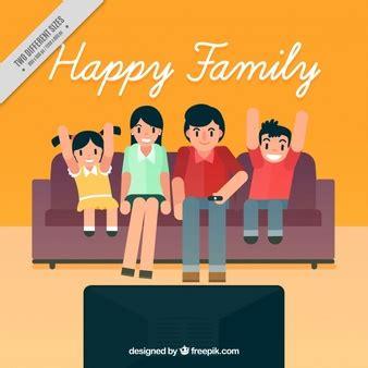 imagenes animadas viendo tv familia fotos y vectores gratis