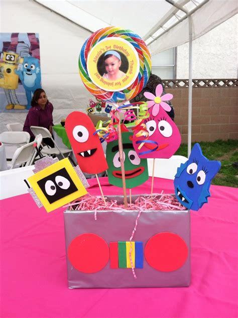 yo gabba gabba centerpieces birthday party ideas pinterest