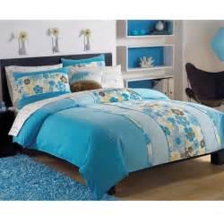 Roxy beach break 8 piece queen size bed in a bag with sheet set