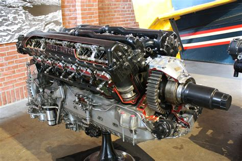 rolls royce merlin engine cutaway  display  fitted   iconic p mustang