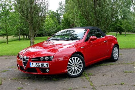 alfa romeo spider convertible alfa romeo spider convertible review 2007 2010 parkers