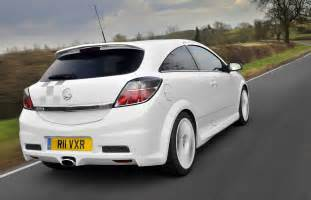 Pictures Of Vauxhall Astra Vauxhall Astra Vxr Review 2005 2010 Parkers