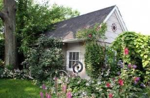 Small Cottage Gardens - small cottage in beautiful garden cottage life pinterest