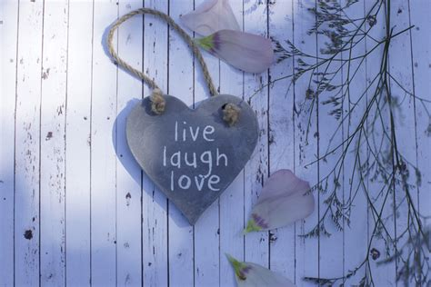 live laugh love origin this is the origin of quot live laugh love quot