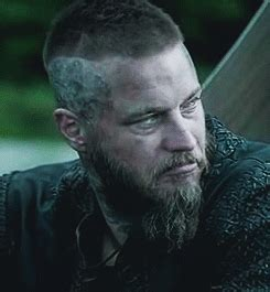 ragnar lodbrok season 3 haircut ragnar lordbrok gif 3 sezon magic google ძებნა under