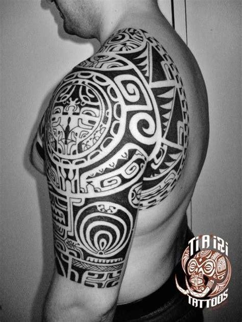 chest tattoo gym polynesian shoulder chest tattoos po oino yrondi