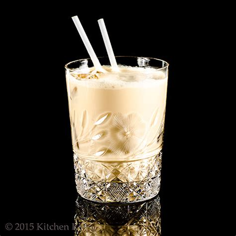 kitchen riffs the white russian cocktail