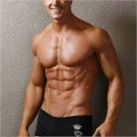 greg plitt bench press can thin skinny guys build muscles