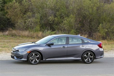honda civic 2016 sedan 2016 honda civic sedan revealed in priced from 19 475