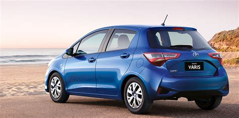 toyota yaris 2017 toyota yaris pricing and specs update photos 1 of 4