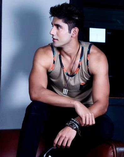 varun sood vj wiki age height girlfriend family