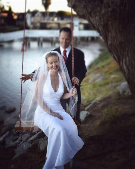 professional wedding photos how to save big money by not hiring a professional wedding