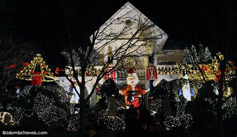 dyker heights christmas lights tour luxe adventure traveler