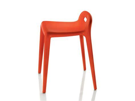 magis stuhl buy the magis yuyu stool at nest co uk