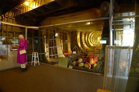 inside the spruce goose: terryoregon: galleries: digital