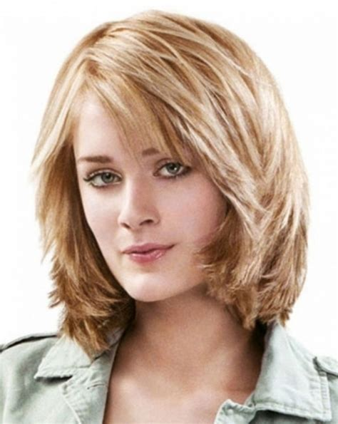 hairstyles shoulder length feathered haircuts best haircuts 2018 medium length layered