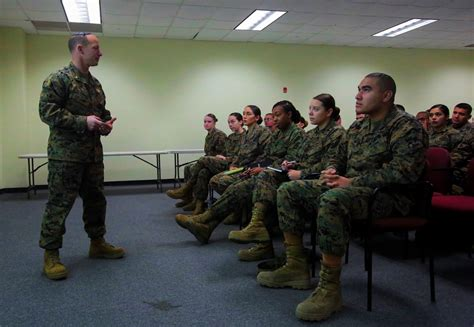 Lt Cp Navy photos