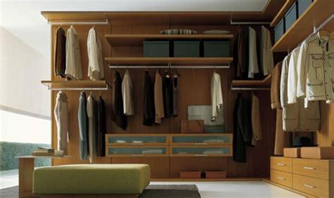 Kleiderschrank Zum Aufhängen by Den Kleiderschrank Intelligent Organisieren 50 Pl 228 Ne Und