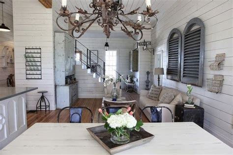 chip and joanna farmhouse 1000 ideas about joanna gaines farmhouse on pinterest