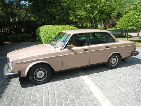 buy   good condition beige volvo  dl  memphis tennessee united states
