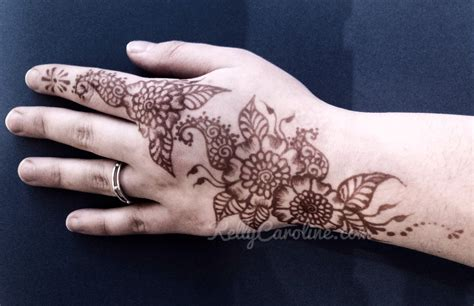 henna tattoo hand love simple design caroline