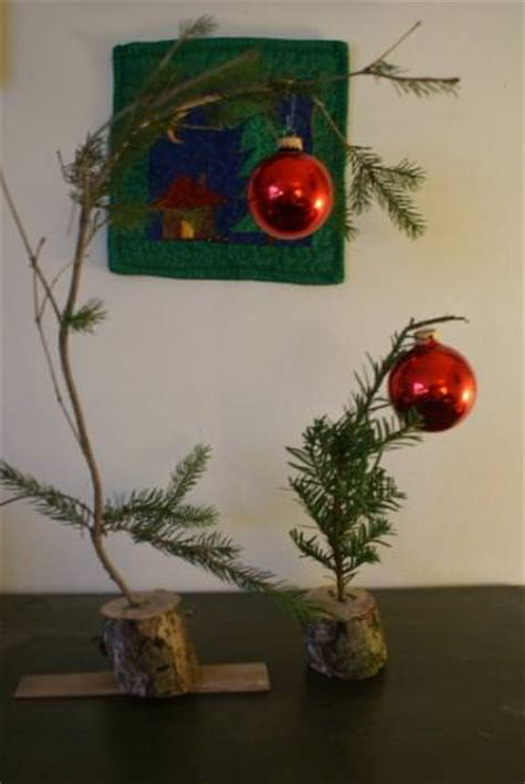 how to make a charlie brown christmas tree tip junkie