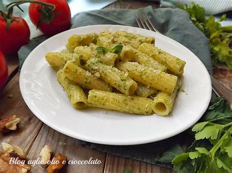 pasta sedano pasta con pesto di sedano e pomodorini