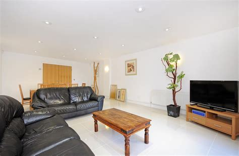 3 bedroom apartments london properties for sale 3 bedroom apartment richbourne court