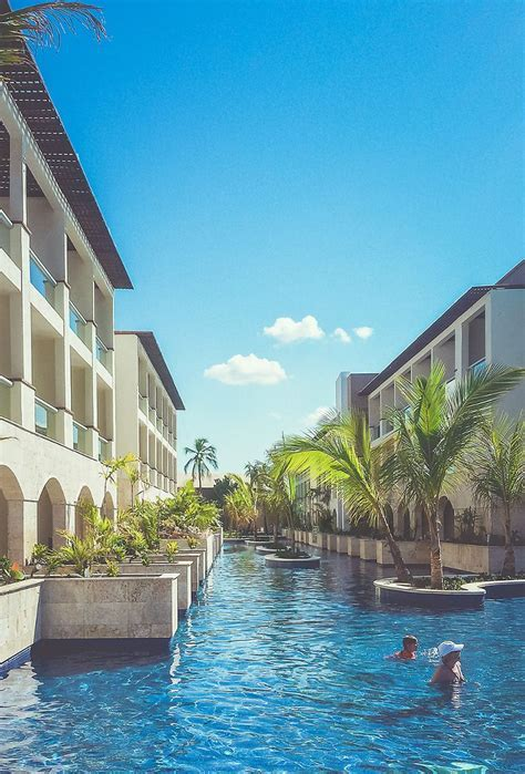 Royalton Punta Cana Resort Swim Up Rooms photo   Hotels
